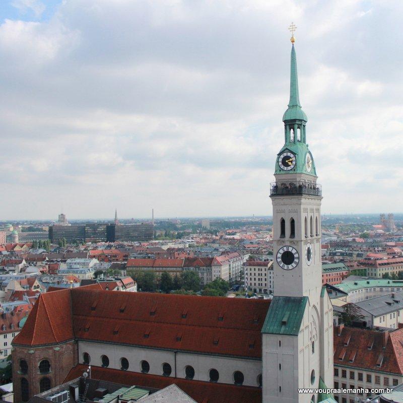 Torre da Igreja de São Pedro de Munique